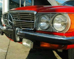 A look at the factory location of fog lights and turn signal lenses on 1972-73 U.S. models, mounted underneath the front bumper.  (1972 350SL shown)