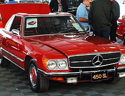 Mercedes 1973 450SL red small