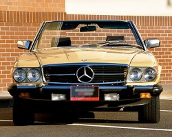 Mercedes 1980 450SL yellow a small