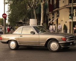 Another Euro-only SL model was the 420SL of 1986-89, powered by a 4.2-liter V8 engine.