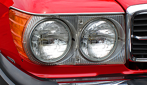 Mercedes 1986 560SL red a headlight small