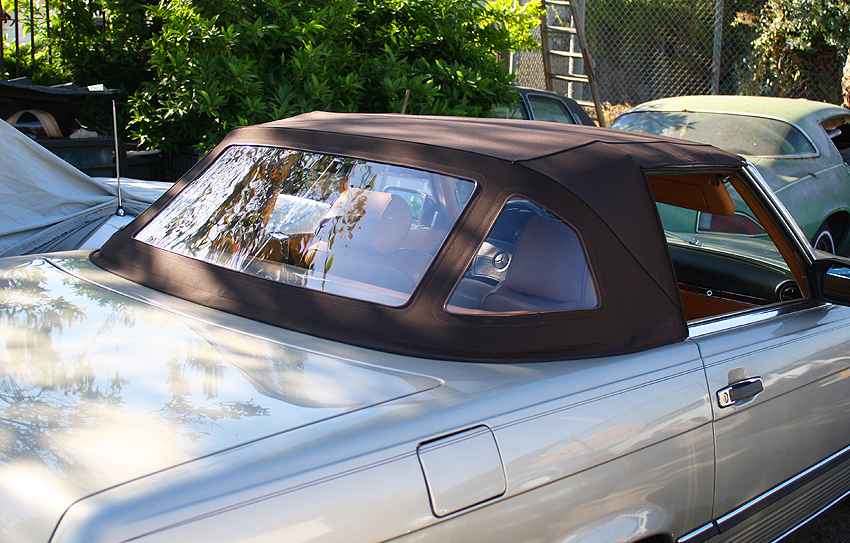 Convertible soft tops remained the same for all years, and had two triangular corner windows to reduce blind spots.