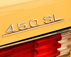 All 1972 - 1980 U.S. model SLs were equipped with a 4.5-liter V8 and 3-speed automatic transmission.