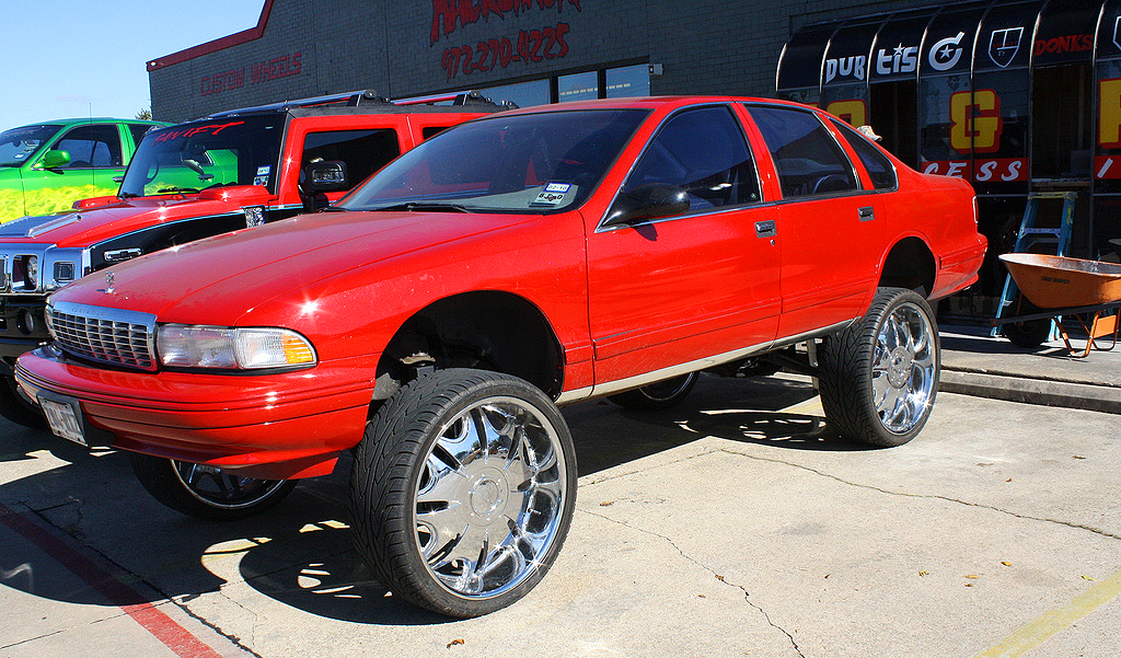(BUBBLE)  1995 Chevrolet Caprice.