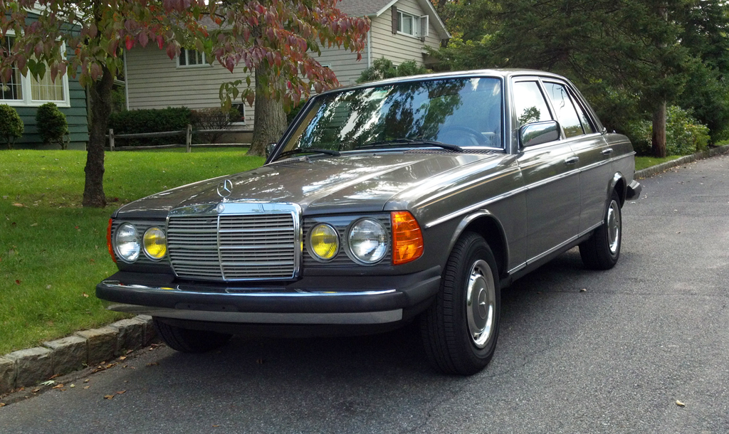1985 mercedes 300d classic cars today online. Black Bedroom Furniture Sets. Home Design Ideas