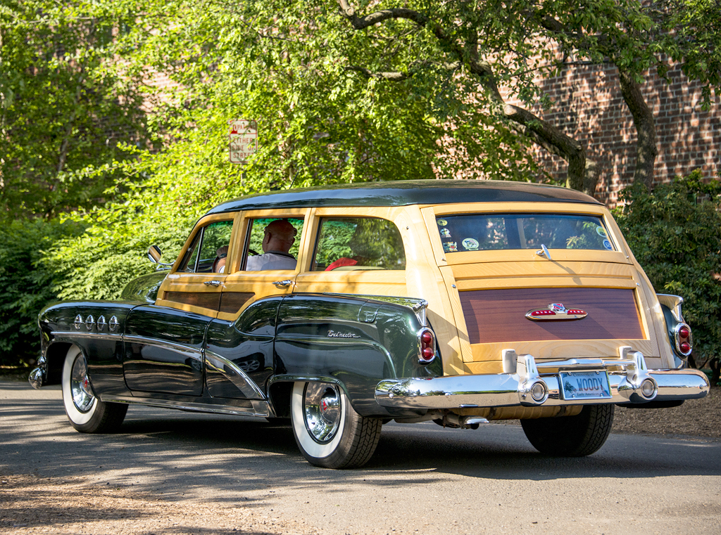 1951 Buick roadmaster wagon