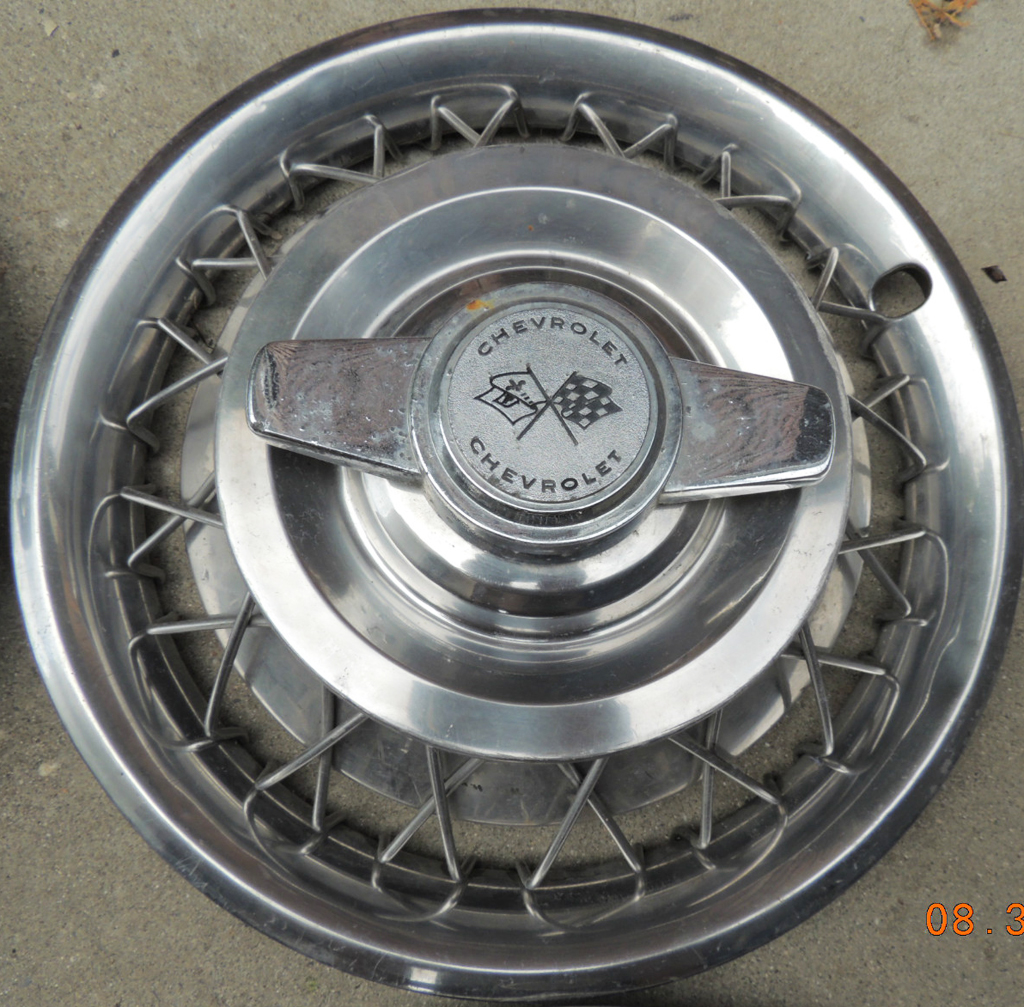 1962 1963 Chevrolet Corvair wire wheel cover