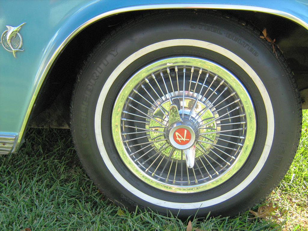 1965 AMC wire wheel cover