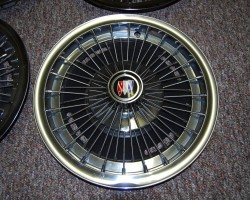 1967 Buick wire wheel cover