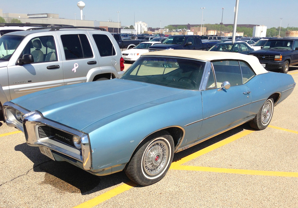 1968 Pontiac Lemans with 14-inch wire wheel covers