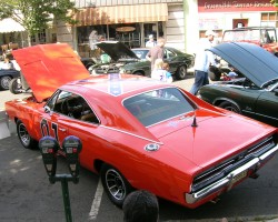 summit downtown car show