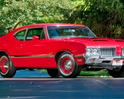 red 1970 Oldsmobile Cutlass 4-4-2