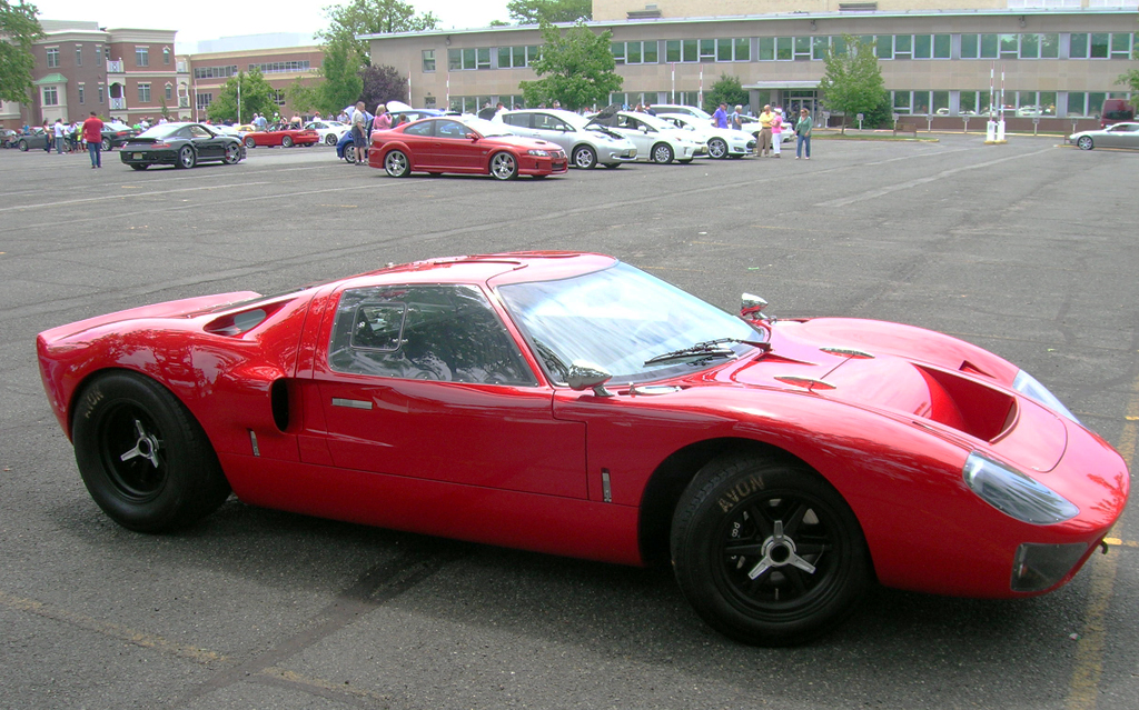 1968 ford gt40 right front view