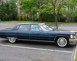 navy blue 1976 Cadillac Fleetwood