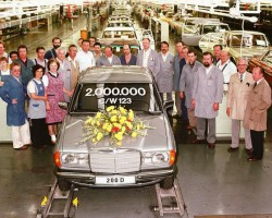 By the end of 123-body production in November 1985, close to 2.7 million of them had left the factory.