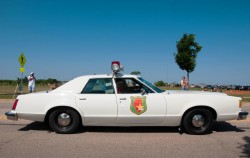 1977 ford ltd ii police car
