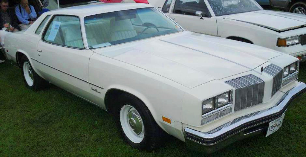 1977 Oldsmobile Cutlass Supreme 5 speed  CLASSIC CARS TODAY ONLINE