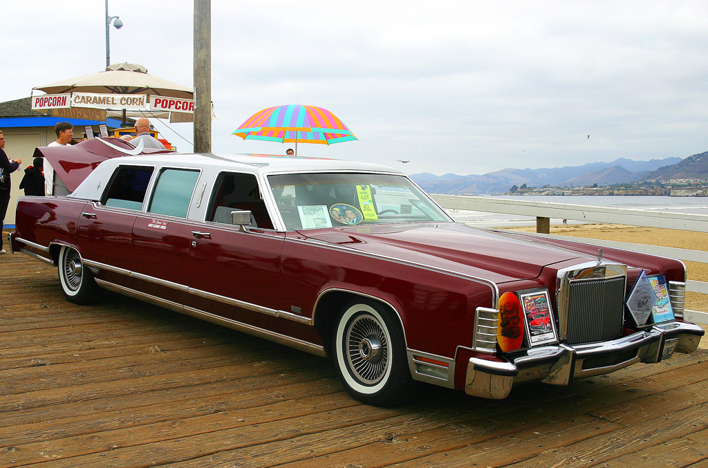 1978 Lincoln Continental limo owned by Jackie Gleason | CLASSIC CARS ...