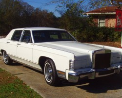 white 1979 lincoln collectors series