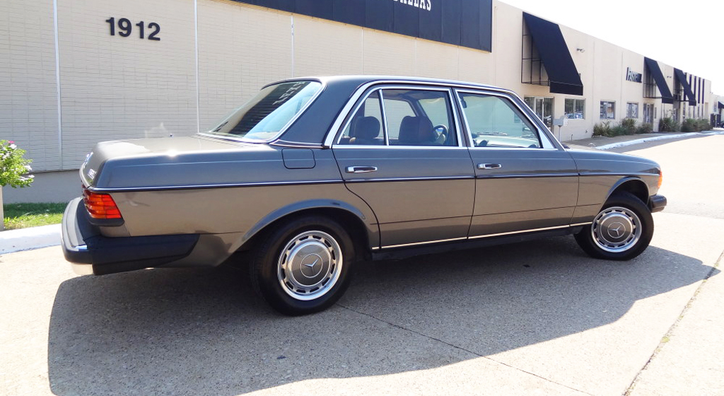 Image gallery mercedes 240d 1981 for Mercedes benz 240 d