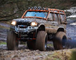 Land Rover Discovery II monster truck