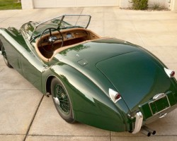 green 1954 jaguar xk120