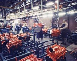 1959 Chevrolet engines assembly line