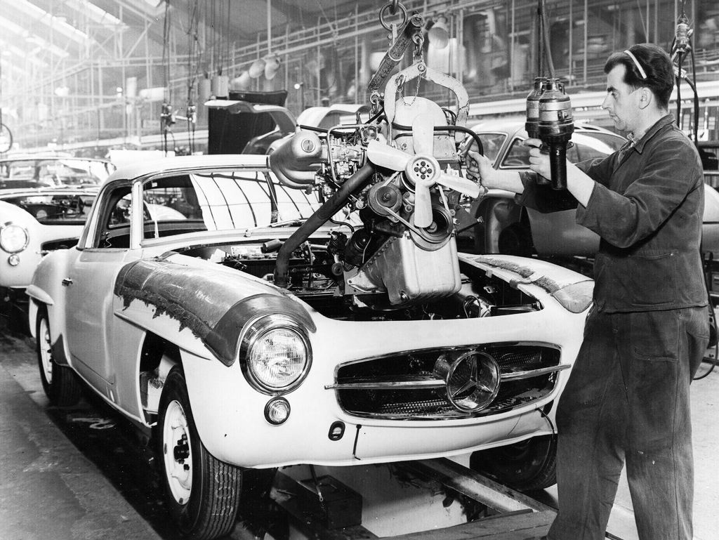 Mercedes 190SL assembly line