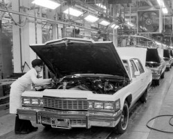 1977 Cadillac deVille assembly line