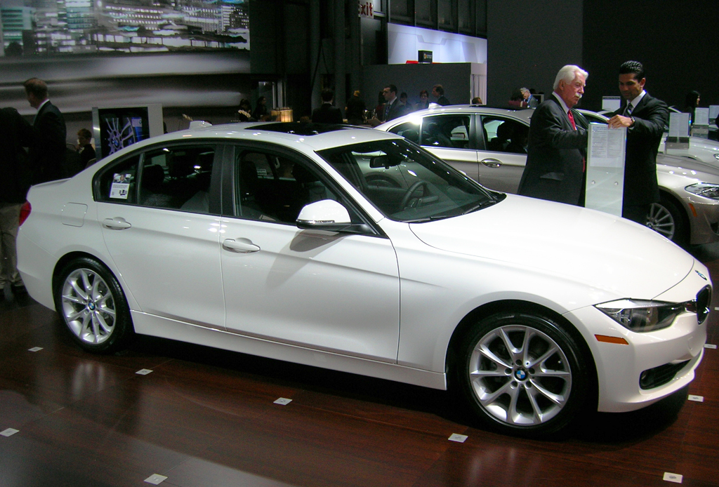 2013 Bmw 320i At The 2013 New York Auto Show Classic