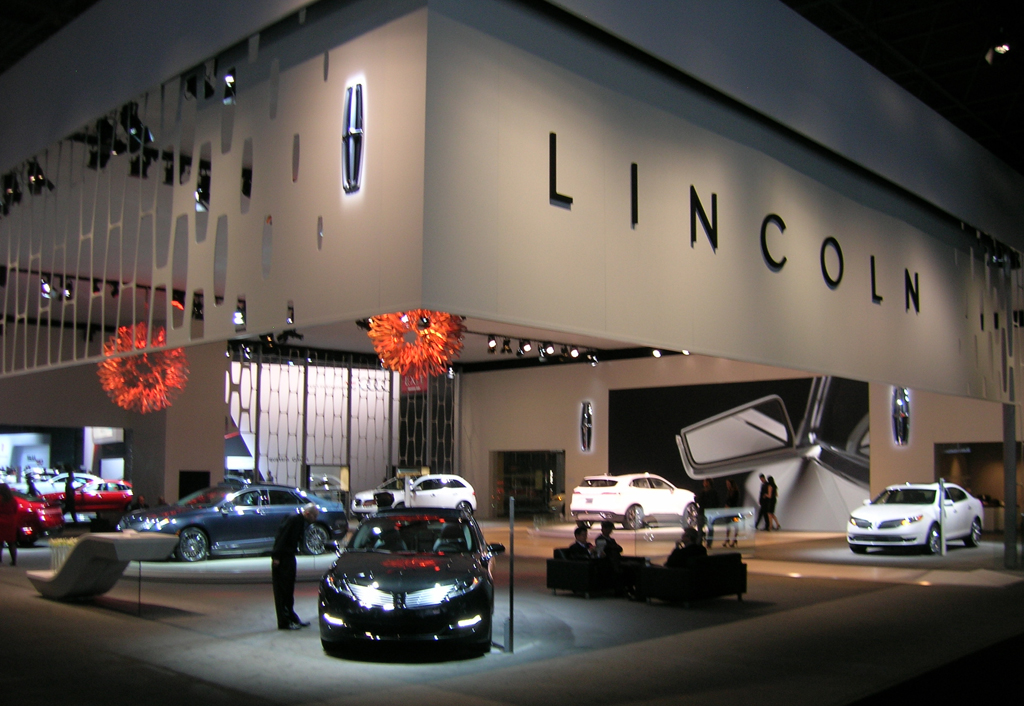 2013 Lincoln display area at the 2013 New York Auto Show | CLASSIC ...