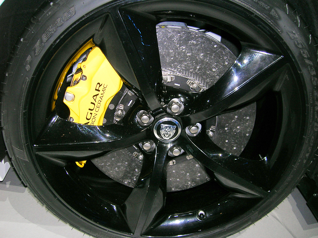 2014 Jaguar XK RS GT wheel at the 2013 New York Auto Show