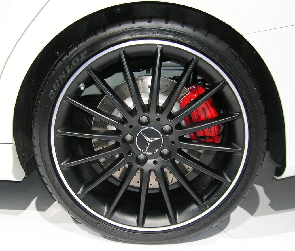 2014 Mercedes CLA45 AMG wheel at the 2013 New York Auto Show