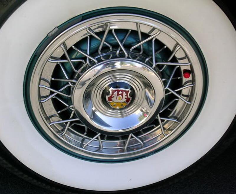 1953 Oldsmobile wire-wheel