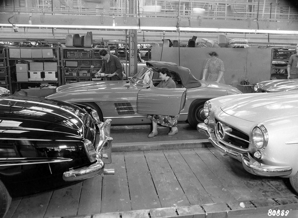 1958 Mercedes 300SL 190SL assembly line