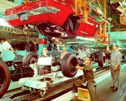 assembly line, 1969, Pontiac Firebird, Chevrolet Impala