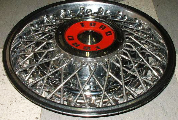 1950s Ford wire wheel cover