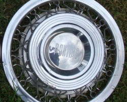 1955 1956 Pontiac wire wheel cover