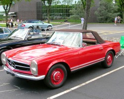 1963 Mercedes 230SL color matched wheels