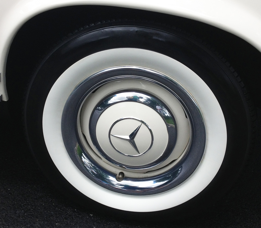 1964 Mercedes 230SL wheel at the 2013 Mercedes-Benz June Jamboree