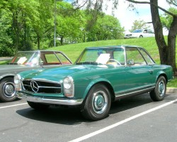 green 1966 Mercedes pagoda SL