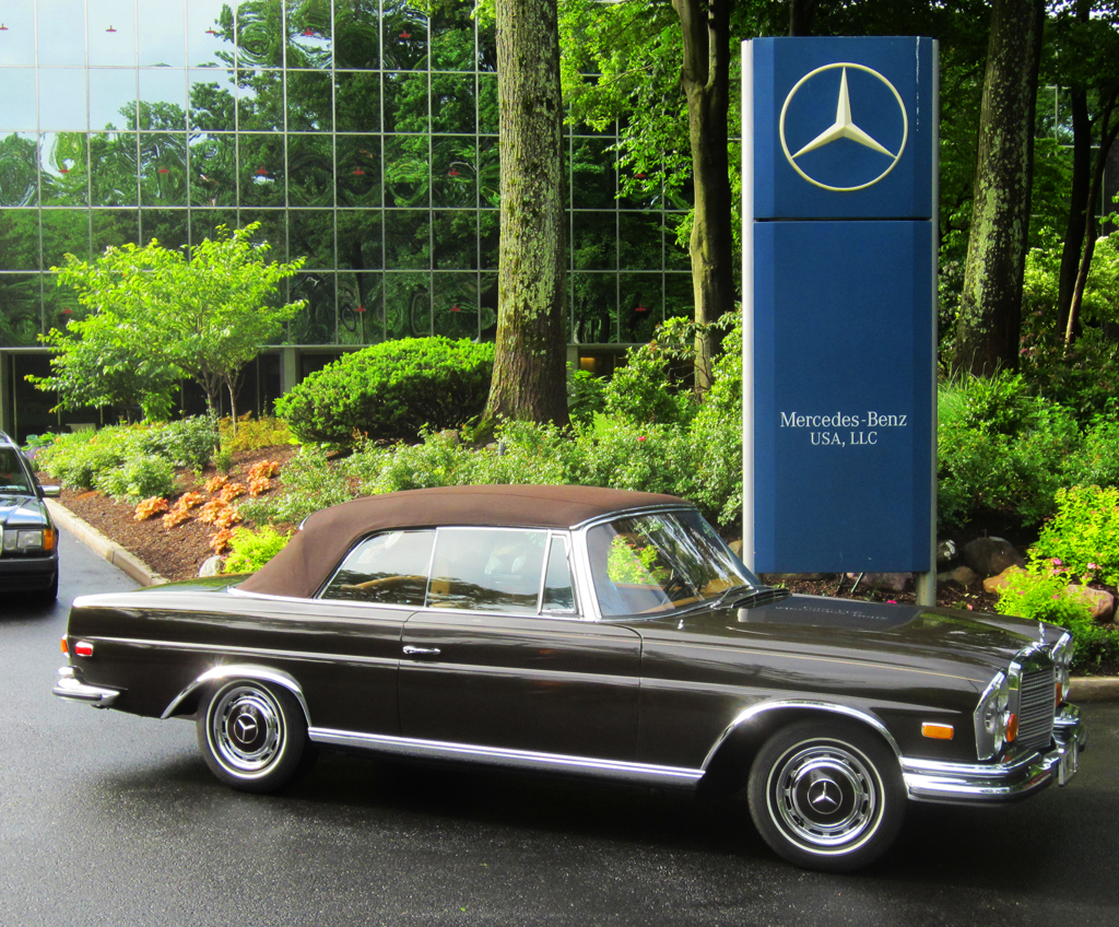 1971 Mercedes 280SE at the 2013 June Jamboree in Montvale, NJ