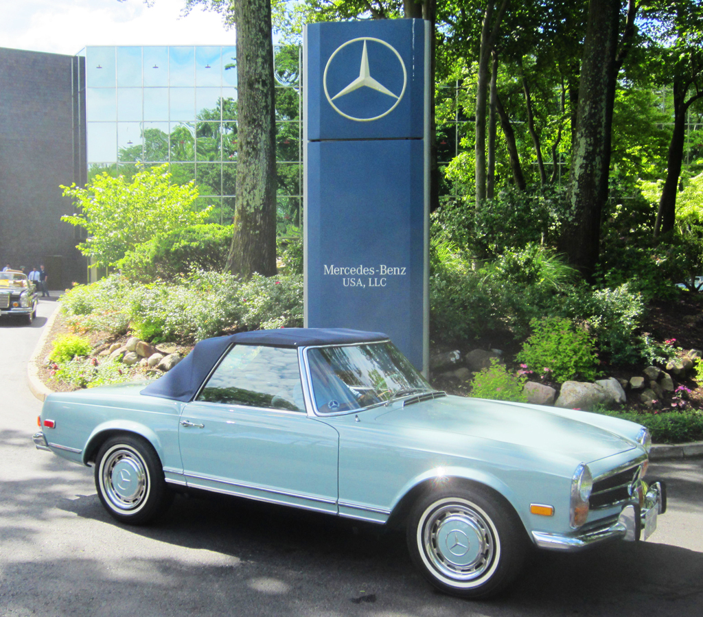 blue 1971 mercedes 280sl