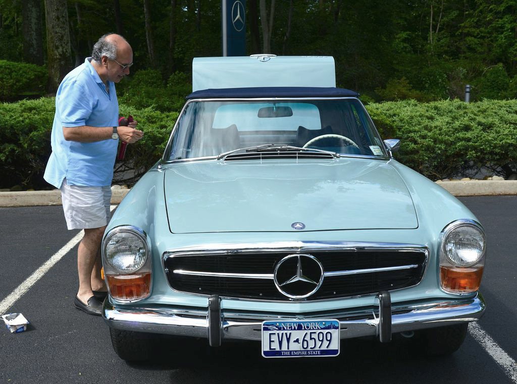 1971 Mercedes 280SL at the 2013 June Jamboree in Montvale, NJ