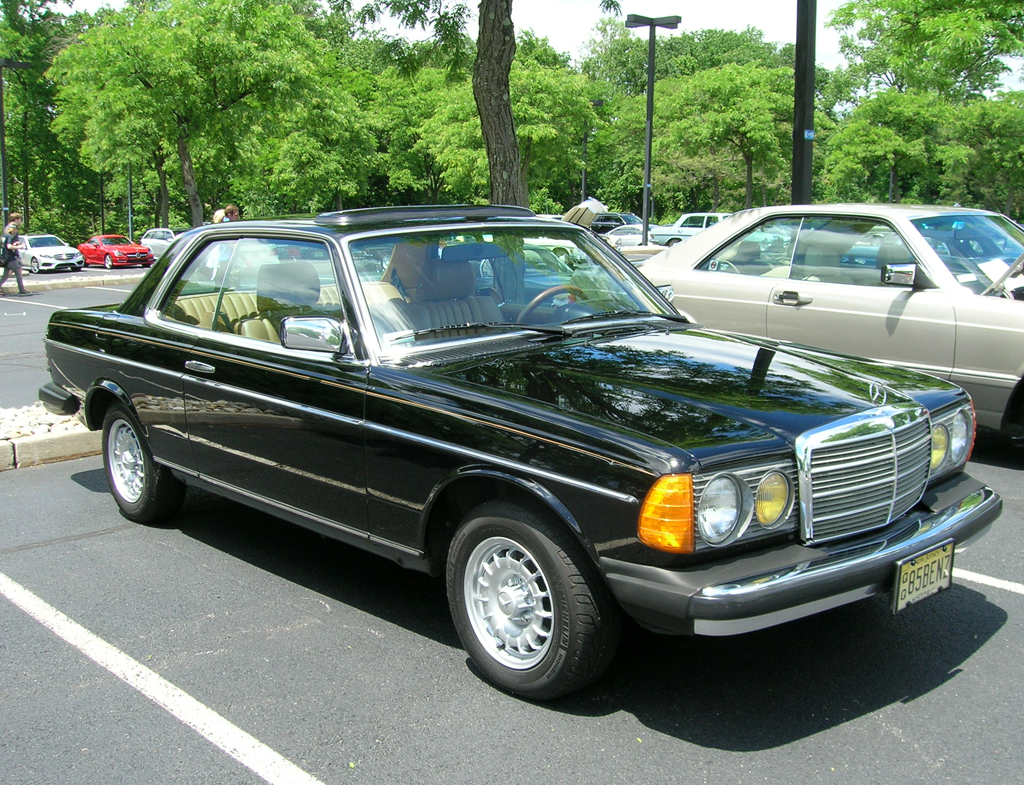 1985 Mercedes 300cd At The 2013 June Jamboree In Montvale