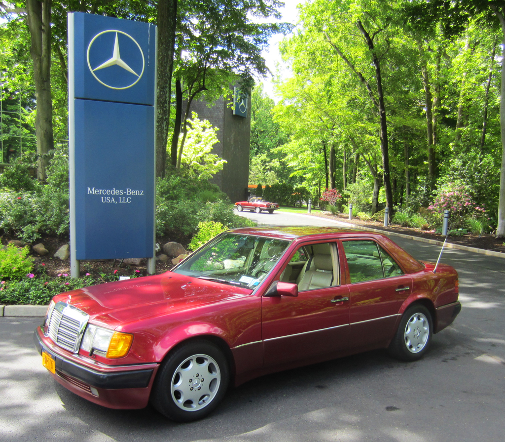 1993 Mercedes 500E at the 2013 Mercedes June Jamboree car show