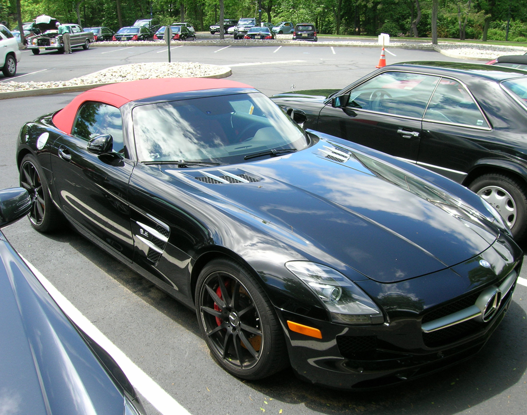 2014 Mercedes SLS convertible top