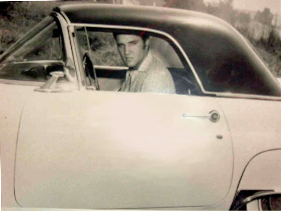 Elvis 1955 Ford Thunderbird