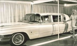 Elvis gold cadillac
