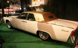 Elvis 1962 Lincoln